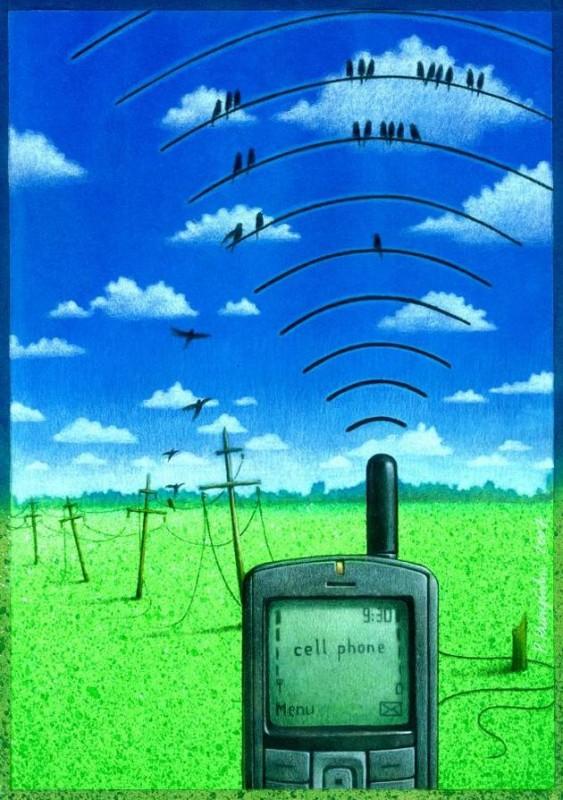 pawel-kuczynski-cell-phone